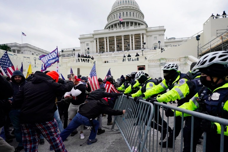 US Capitol Police officer dies after clash with pro-Trump mob