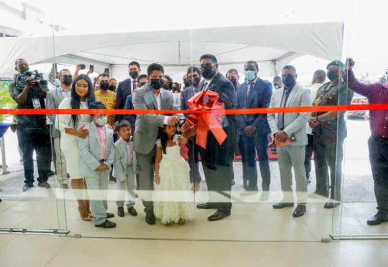 Sarwan opens multi-million dollar mall at Providence